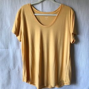a.n.a. Scoop Neck Basic Tee
